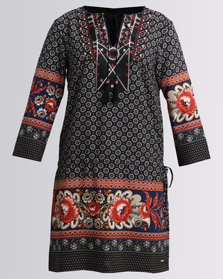 Image of G Couture Printed Tunic Dress With Embroidered Neckline And Tassels Black/Red