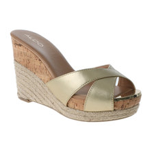 ALDO Ladies High Platform Wedge Sandal Gold-tone