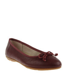 Bata Casuals Contemporary Pumps Maroon