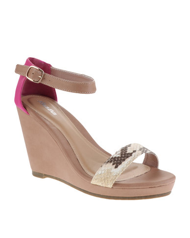 Bata Patterned Wedge Sandals Pink