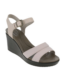 Crocs Leigh II Ankle Strap Wedge W Tumbleweed