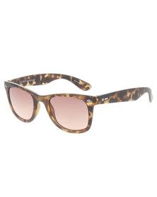 Dot Dash Wayfarer Style Tortoise Gradient Lens Sunglasses Brown