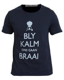 Krag Drag™ - The Strong One™ Bly Kalm Ons Gaan Braai T-Shirt Blue