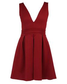 London Hub Fashion Plunge Neck Pleated Detail Dress Burgundy