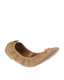 New Look Jelastic Scrunch Ballet Pumps Camel