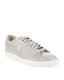 Nike Blazer Low Sneakers Stone