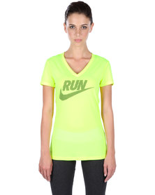 Nike Performance Legend V-neck Short Sleeve Run Swoosh T-shirt Yellow