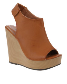 PLUM Heidi Wedges Tan