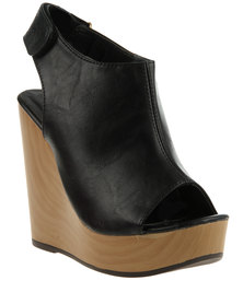 PLUM Heidi Wedges Black