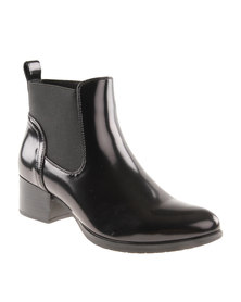 Queenspark Classic Ankle Boot with Gussets Black