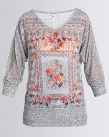 Queenspark Printed Portrait Fashion Knit Top Grey Multi
