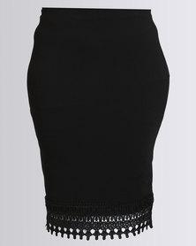 Queenspark Plus Collection Lace Trim Border Knit Skirt Black