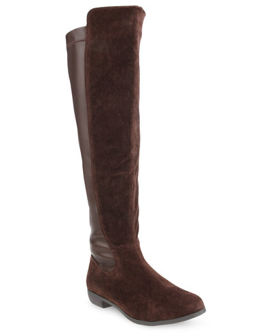 Unique Closeouts Go Ahead And Jump In All The Puddles! Cougars Rage Rain Boots Keep Moisture Out With Waterproof, Seamsealed Rubber In A Glossy Finish A Removable Strap At The Ankle Has An Adjustable Buckle To Snug Down The Fit, And An