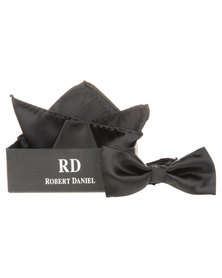 Robert Daniel Plain Bow Tie with Handkerchief Black