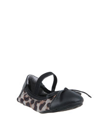 Rock & Co Betsy Printed Pumps Black