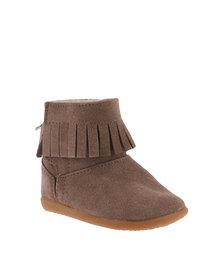 Shooshoos Tassel Boots Camel Suede