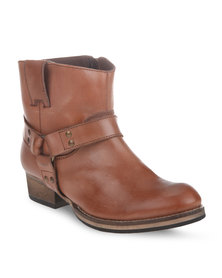 Utopia Leather D Ring Boots Tan