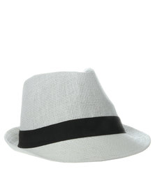 XOXO Straw Trilby Hat White