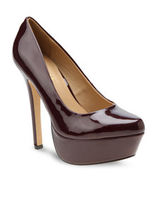 Zoom Salie Platform Heels Dark Red