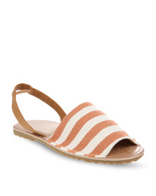 Zoom Yanah Sandals Brown