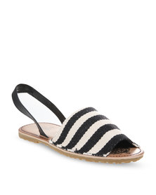 Zoom Yanah Sandals Black
