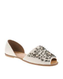 Zoom Hope Flats Cream