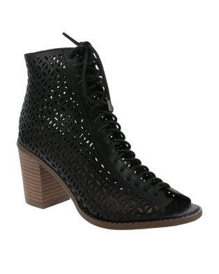 ZOOM Chrissy Lace-Up Heel Black