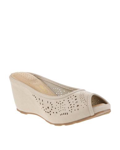 c0930fb4cb7 Bata Comfit Slip-On Wedge Sandals Beige