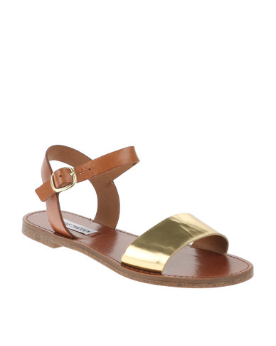 01cd2343a Steve Madden Donddi Flat Sandals Gold