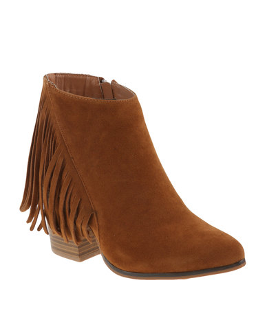ZOOM Exclusive Desirae Ankle Boots Tan