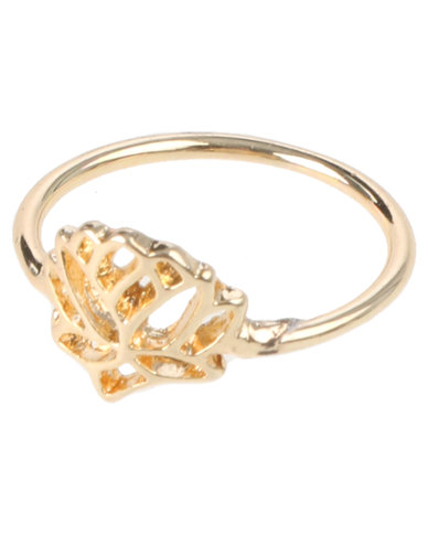 5db3d61734ad9 Que Boutique Tiny Lotus Flower Ring Gold Tone
