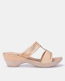 Butterfly Feet LEDA Beige Heeled Platform T-Bar Sandal