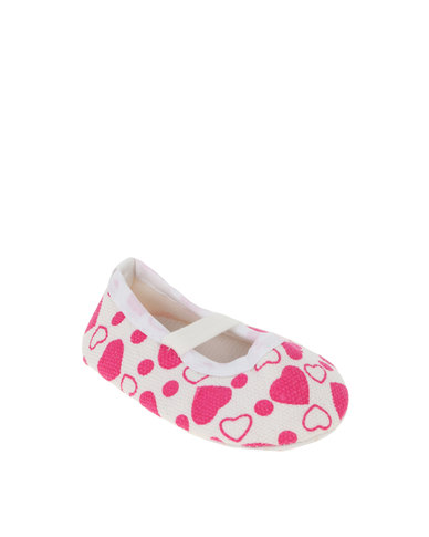 a1f93070d40 Funky Monkey Baby Girl Heart Pumps White