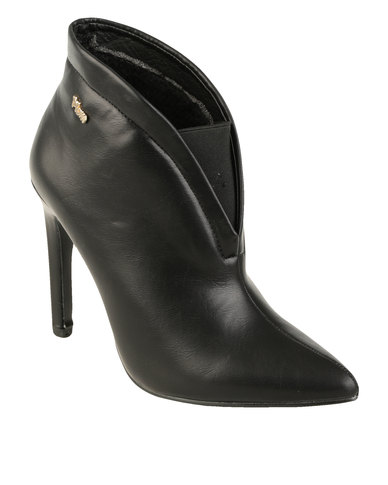PLUM Newbury Heeled Ankle Boot Black