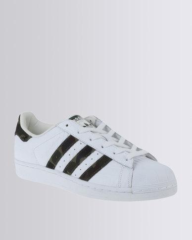 d963fe0be4a3 adidas Superstar Sneaker Camo