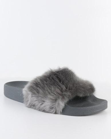 4f846f40f Steve Madden Softey Slides Grey | Zando