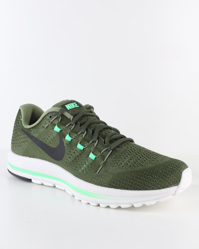 new style 9aaa6 bab40 Nike Performance Men's Air Zoom Vomero 12 Running Shoe Green