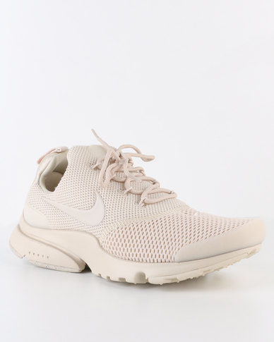 the latest 75abe 89b1a Nike Women's Presto Fly Oatmeal