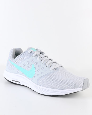 266dc7cce276 Nike Performance Womens Downshifter 7 Running Shoe Grey
