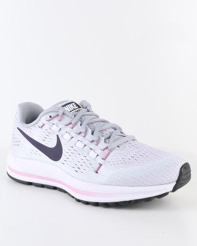 ff58be4342930 Nike Performance Women s Air Zoom Vomero 12 Running Shoe Grey