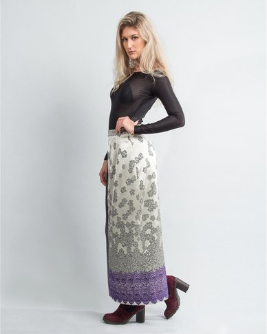 HASHTAG SELFIE Jaquard Pleated Knit Skirt Silver
