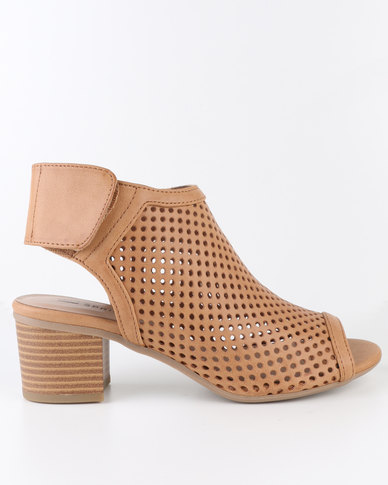Call It Spring Nydaredia Mules Cognac