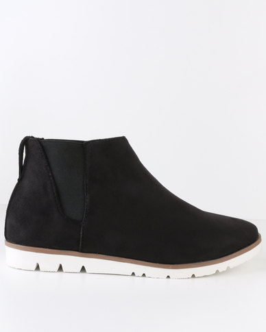 Crouch Suede Chelsea Ankle Boot Black