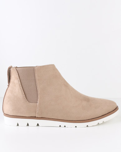 Crouch Suede Chelsea Ankle Boot Beige