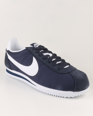 official photos 8b6d6 dc1b3 Nike Classic Cortez Nylon Navy BlueWhite  Zando