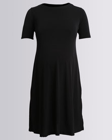 Cherry Melon Round Neck T-Shirt Dress With Side Slits Black