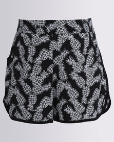 New Look Nancy AOP Pineapple Shorts Black