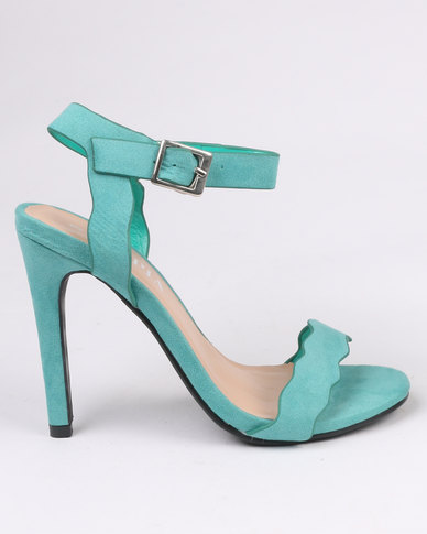 Utopia Scallop Barely There Heel Green