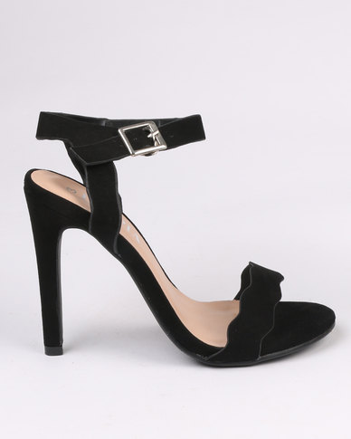 Utopia Scallop Barely There Heel Black