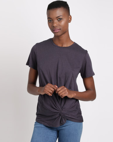 Silent Theory Twisted T-Shirt Navy
